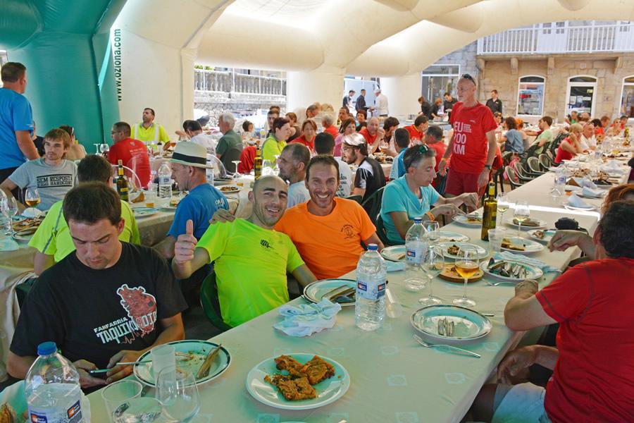 Comida/Fiesta con los participantes a la llegada